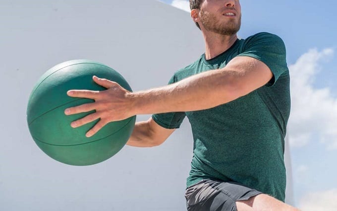 Using Medicine Ball For Exercise