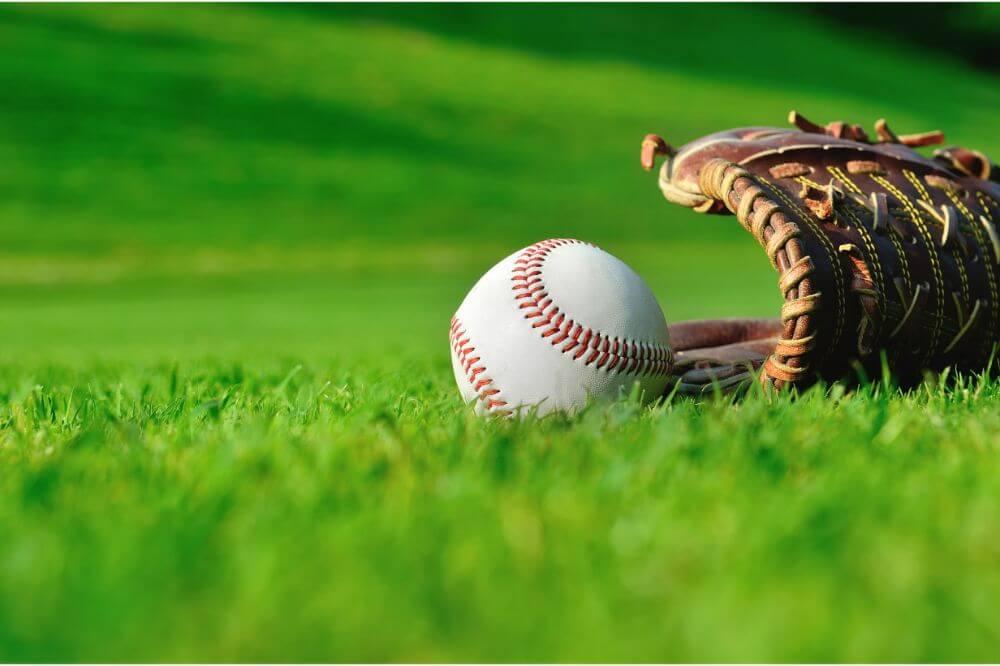 Softball Glove vs. Baseball Glove